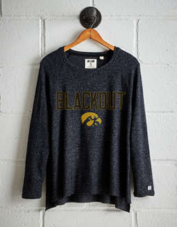 the latest 9c776 5f87a placeholder image Tailgate Women s Iowa Hawkeyes Plush Tee