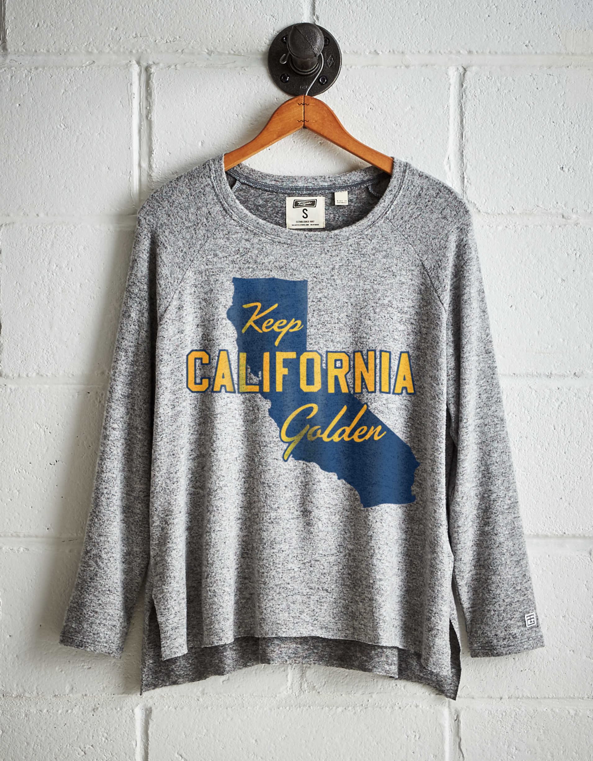 Tailgate Women's California Plush Tee
