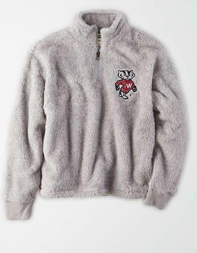 Tailgate Women's Wisconsin Badgers Sherpa Zip-Up Sweatshirt
