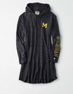 Tailgate Women's Michigan Wolverines Plush Hoodie Dress