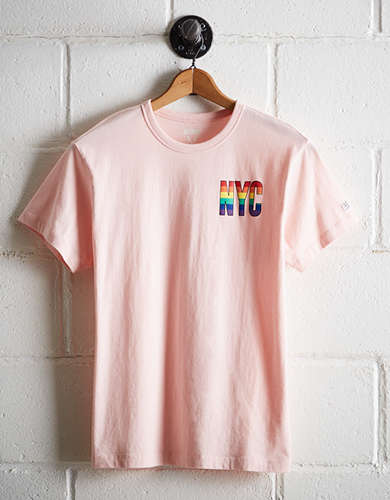 Tailgate Men's NYC Rainbow T-Shirt - Free Returns