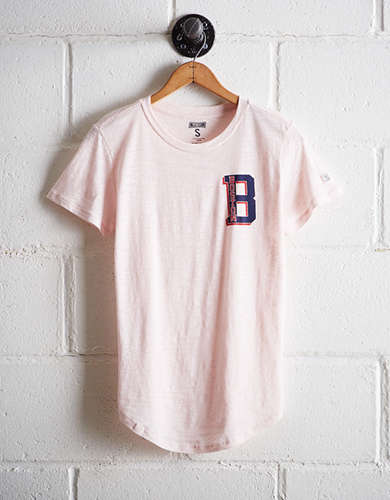 Tailgate Women's Boston T-Shirt - Free Returns