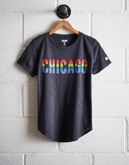 Tailgate Women's Chicago Rainbow T-Shirt