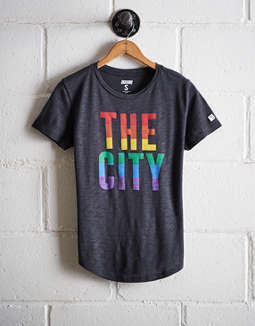 Tailgate Women's The City Rainbow T-Shirt
