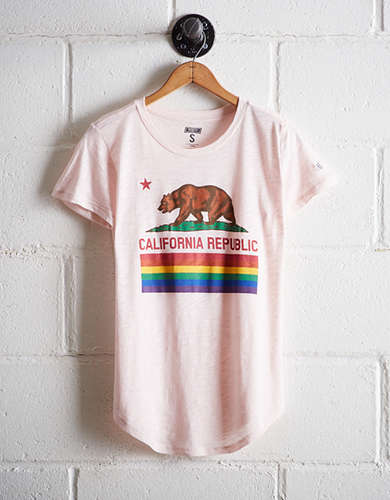 Tailgate Women's California Republic T-Shirt - Free Returns