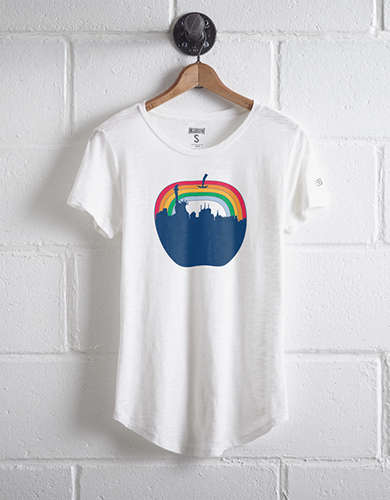Tailgate Women's NYC Rainbow T-Shirt -