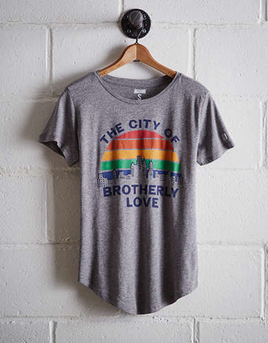 Tailgate Women's City of Brotherly Love T-Shirt - Free Returns