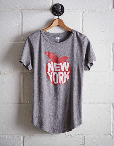 Tailgate Women's New York Big Apple T-Shirt - Free Returns