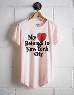 Tailgate Women's My Heart Belongs To Nyc T Shirt by American Eagle Outfitters