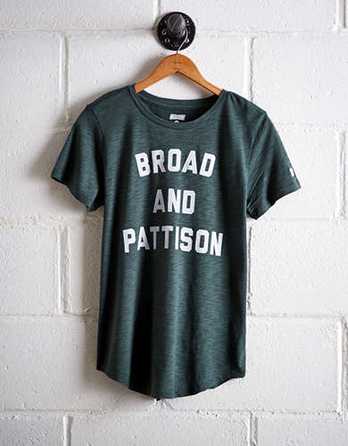 Tailgate Women's Broad & Pattison T-Shirt - Buy One Get One 50% Off