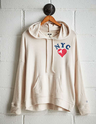 Tailgate Women's NYC Heart Plush Hoodie -