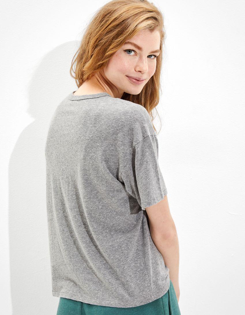 Tailgate Women's Harvard Graphic T-Shirt