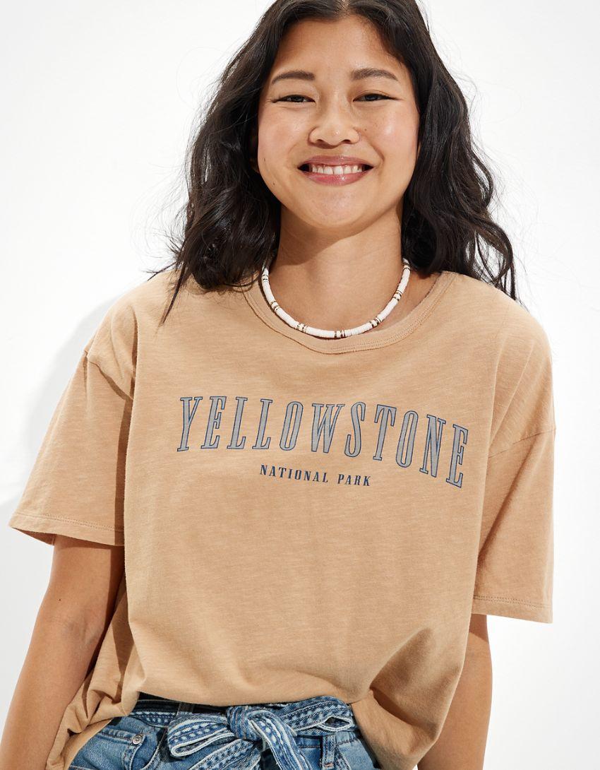Tailgate Women's Yellowstone Oversized Graphic T-Shirt