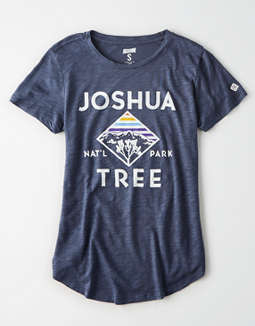 Tailgate Women's Joshua Tree T-Shirt