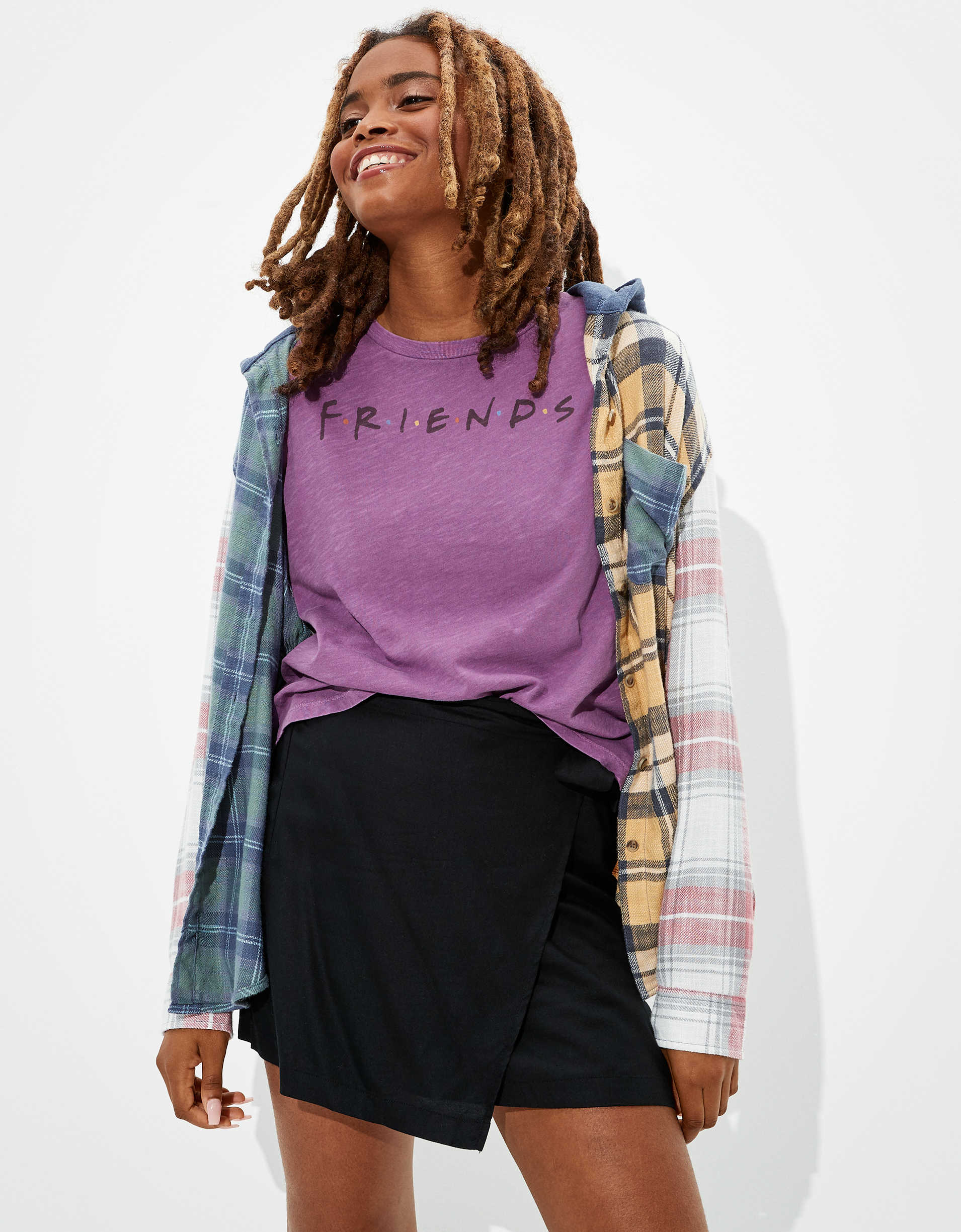 Tailgate Women's Friends Cropped T-Shirt
