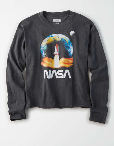 Tailgate Women's NASA Shuttle Cropped T-Shirt