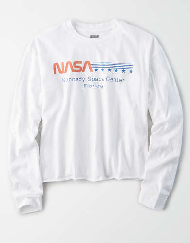 Tailgate Women's NASA Space Center Cropped T-Shirt