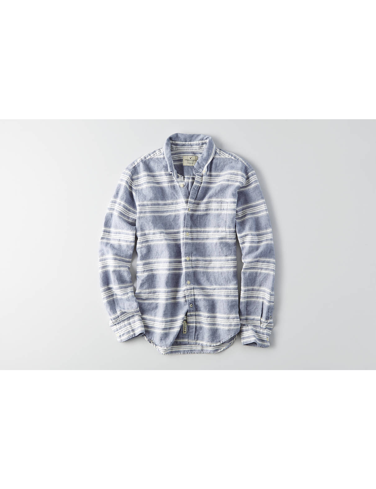Display product reviews for AEO Classic Stripe Linen Shirt
