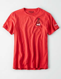 AE Coca-Cola Graphic Pocket t-shirt