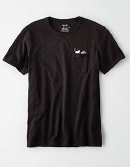 AE Snoopy Graphic Pocket t-shirt
