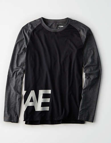 AE Active Long Sleeve Graphic Tee -