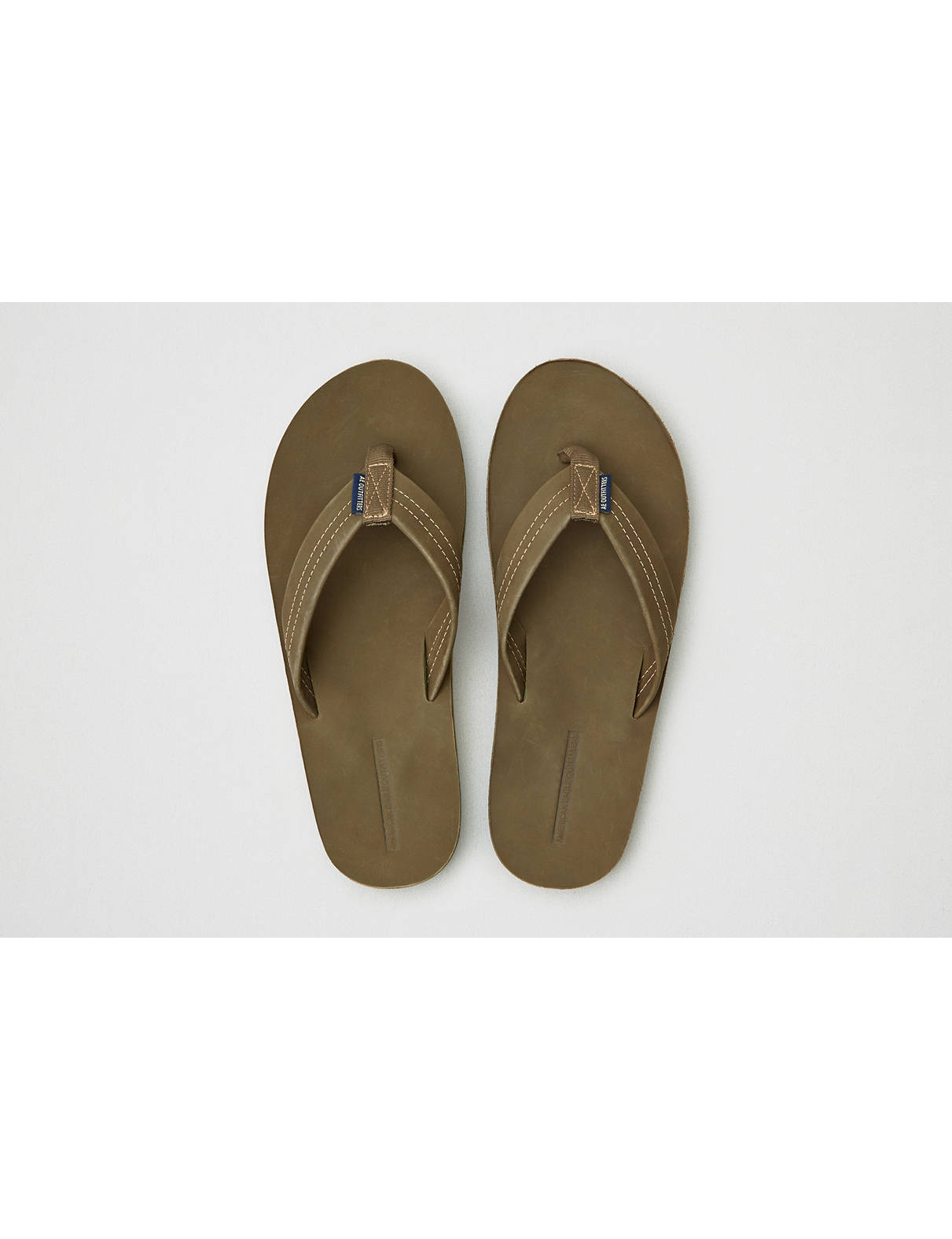 Display product reviews for AEO Nubuck Leather Flip-Flop