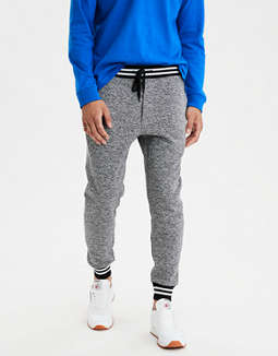 AE Printed Fleece Jogger