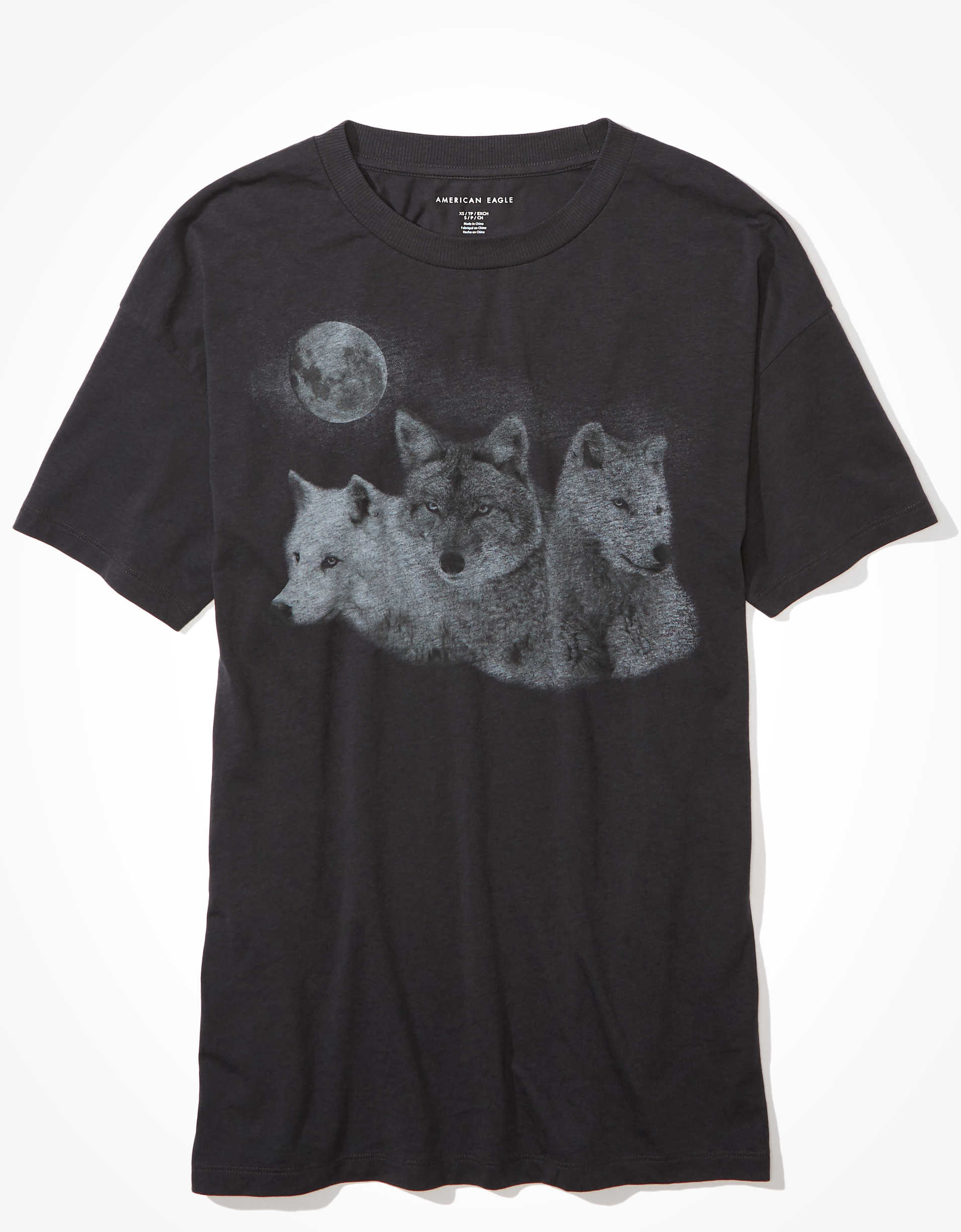 AE Oversized Wolf Graphic T-Shirt
