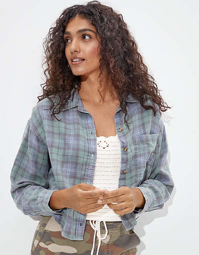 AE Cropped Plaid Flannel Shirt