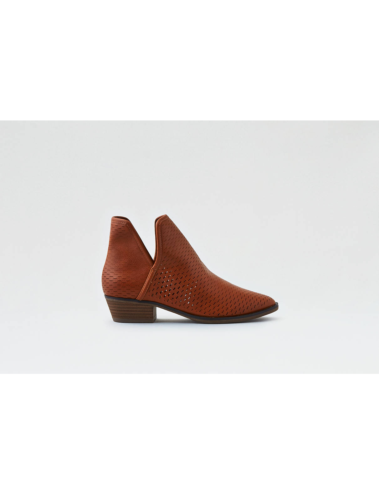 Display product reviews for AEO Perforated Bootie