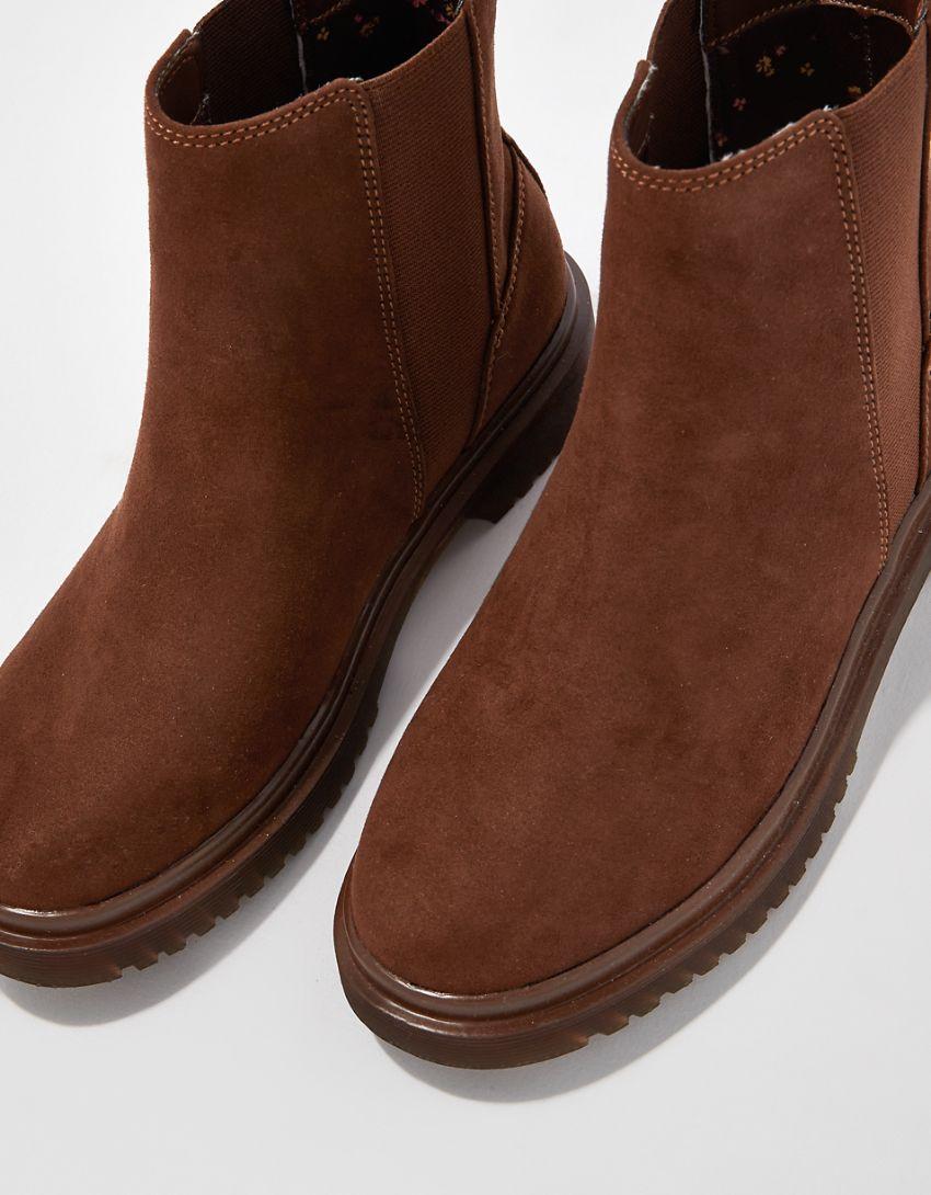 AE Lug Chelsea Boot