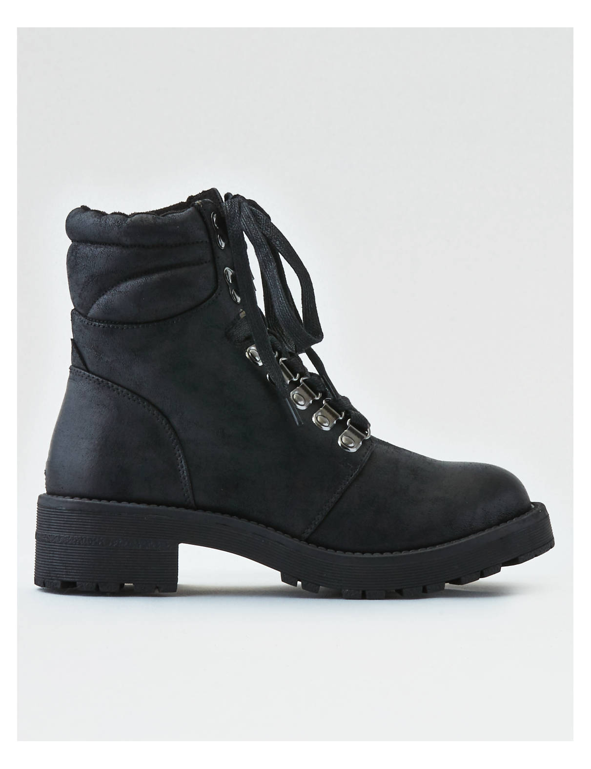 Display product reviews for AEO Lug Lace-Up Boot