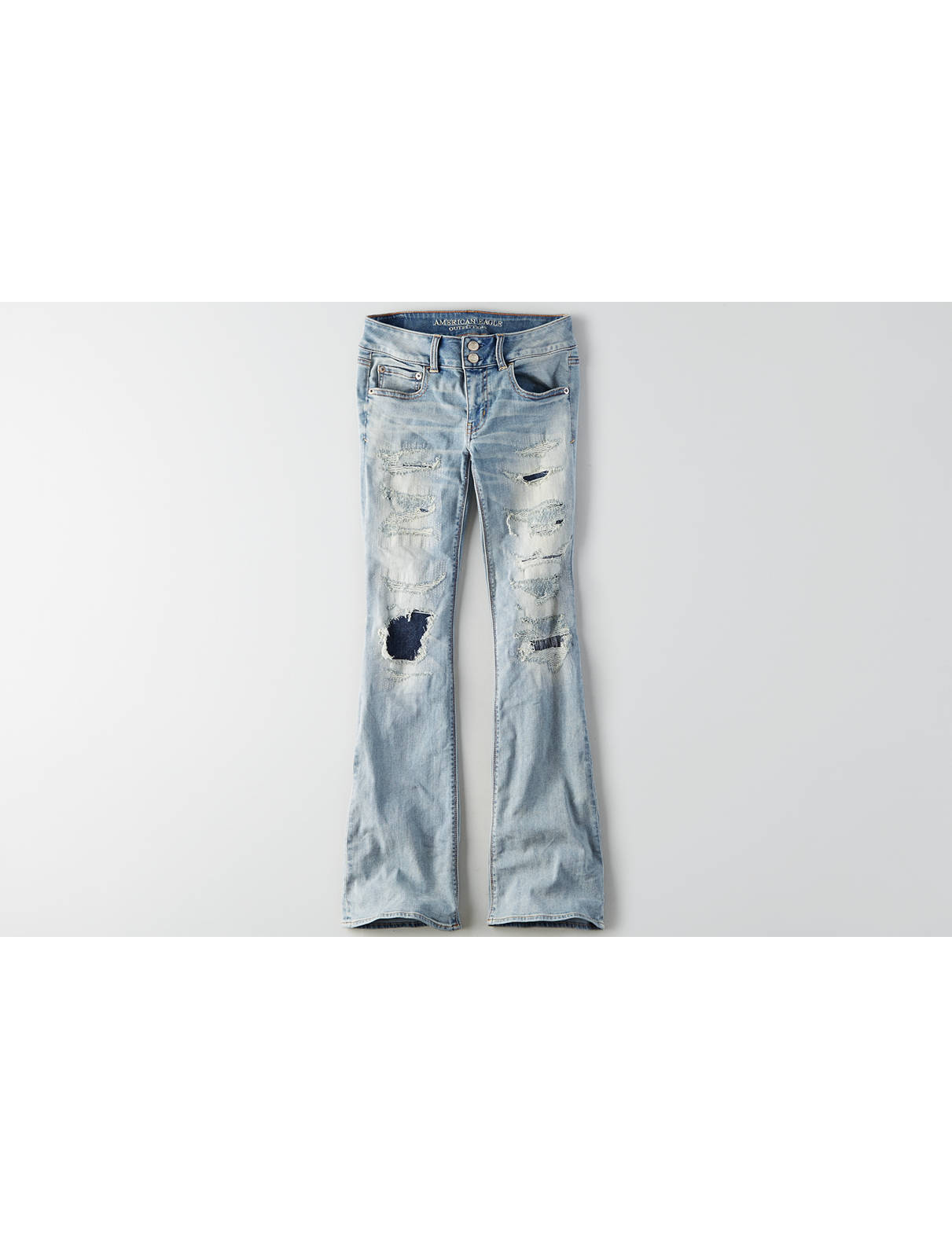 Flared Jeans: Artist Jeans for Women | American Eagle Outfitters