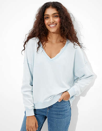 AE Fleece Cropped V-Neck Sweatshirt