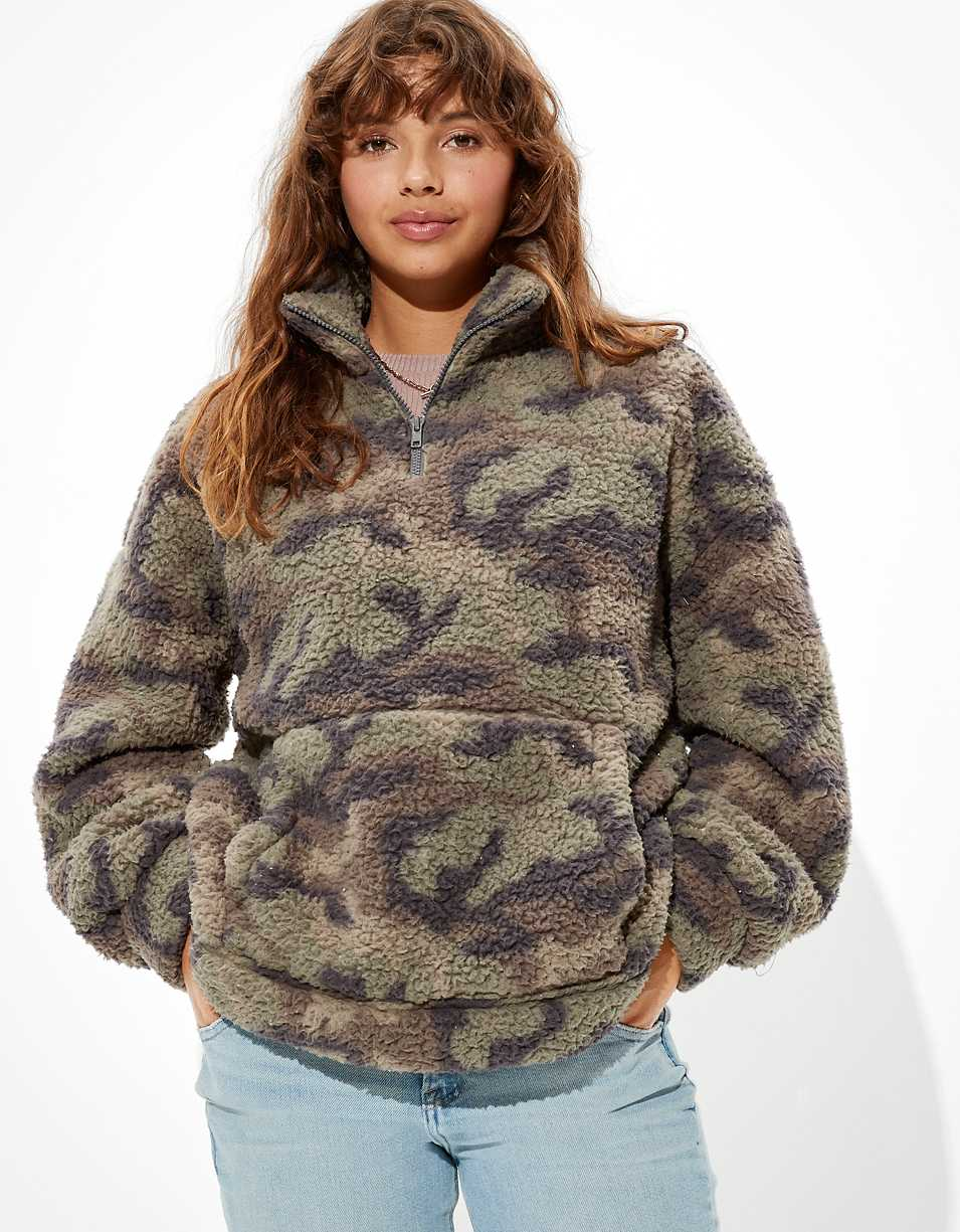 AE Cozy Sherpa Quarter Zip Sweatshirt