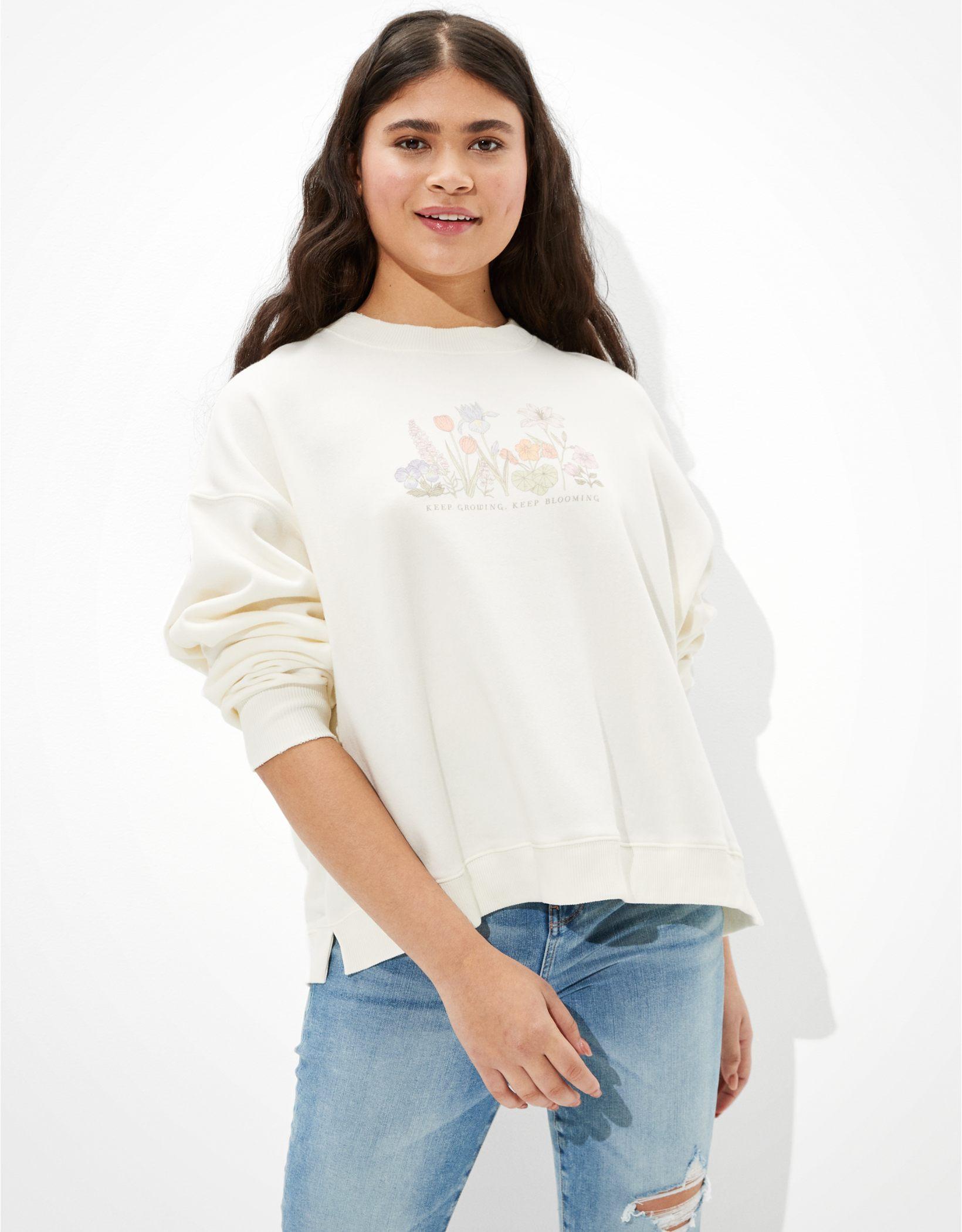 AE Forever Graphic Crew Neck Sweatshirt