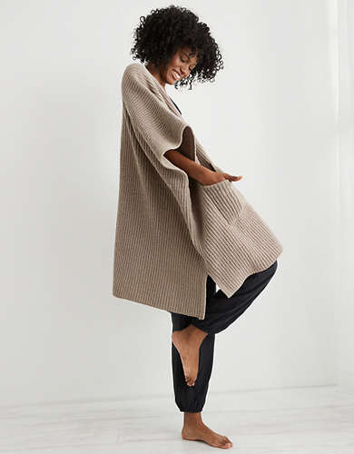 Aerie Cozy Cloud Cape