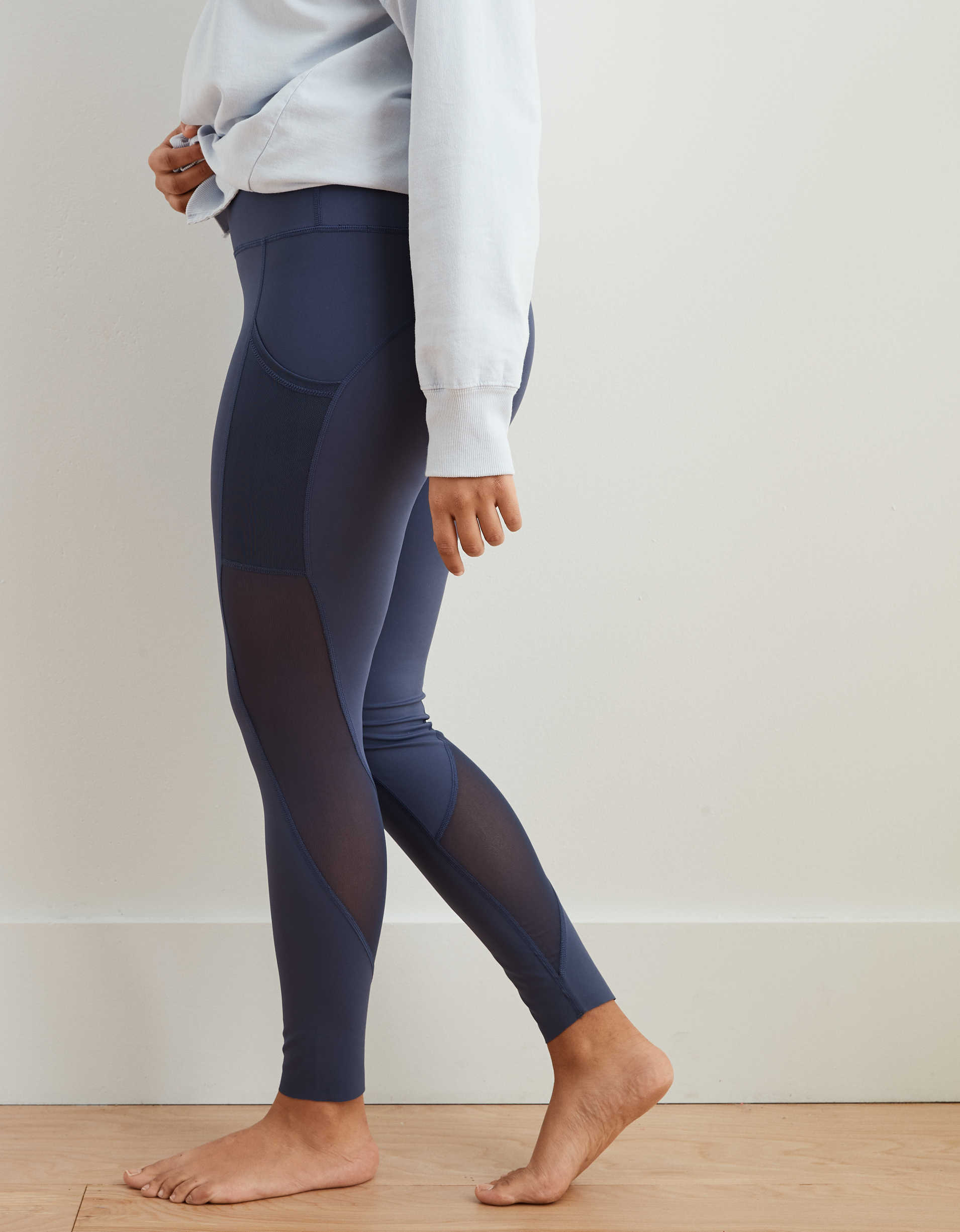 Aerie Move Mesh High Waisted Legging