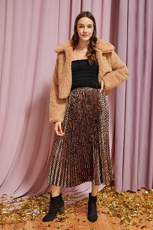 pleated midi skirts