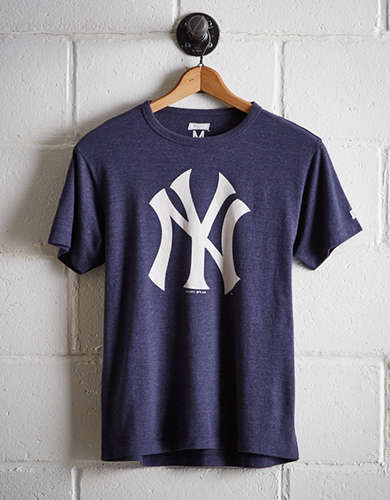 Tailgate Men's New York Yankees T-Shirt - Free Returns