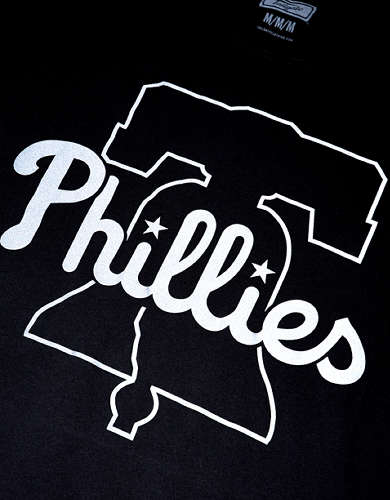 Tailgate Men's Philadelphia Phillies Reflective Graphic T-Shirt