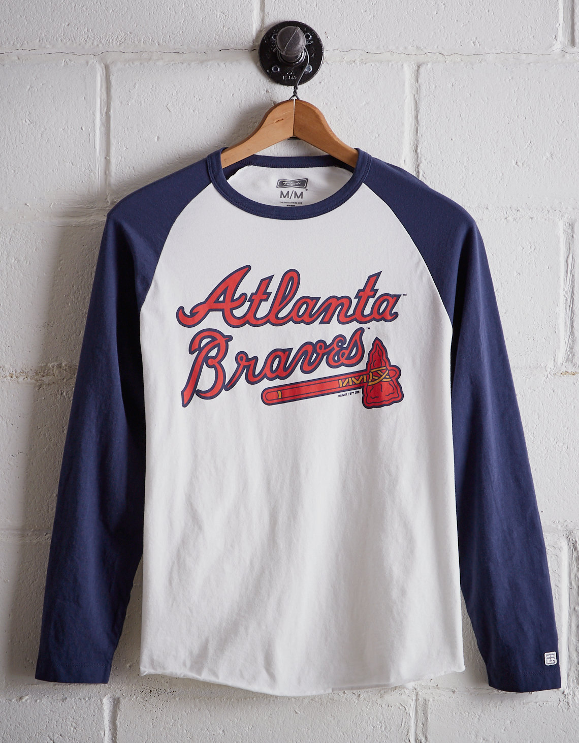 half off 833bf cb601 Tailgate Men's Atlanta Braves Baseball Shirt