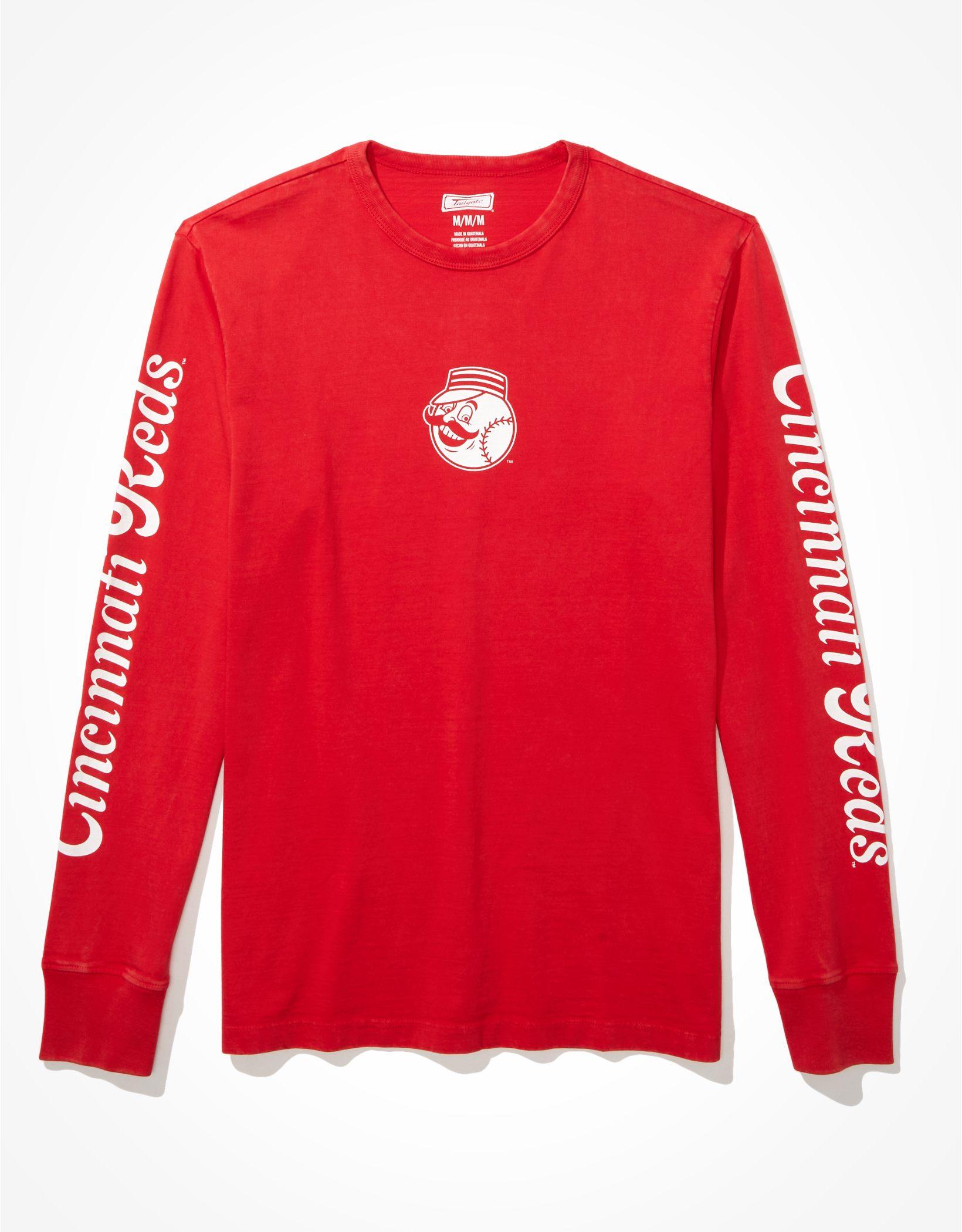 Tailgate Men's Cincinnati Reds Long-Sleeve Graphic T-Shirt