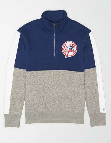 Tailgate Men's New York Yankees Quarter-Zip Sweatshirt