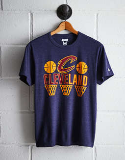 Tailgate Men's Cleveland Hoops T-Shirt