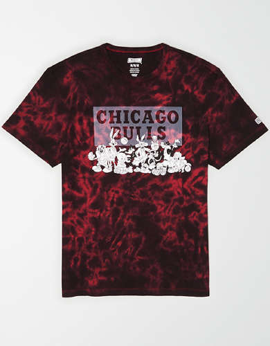 Tailgate Men's Chicago Bulls x Looney Tunes Tie-Dye T-Shirt