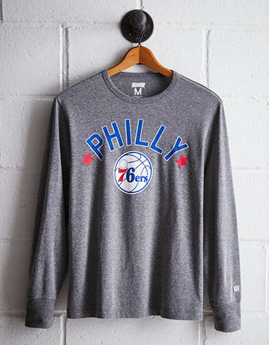Tailgate Men's Philly 76ers Long Sleeve Tee - Free Returns
