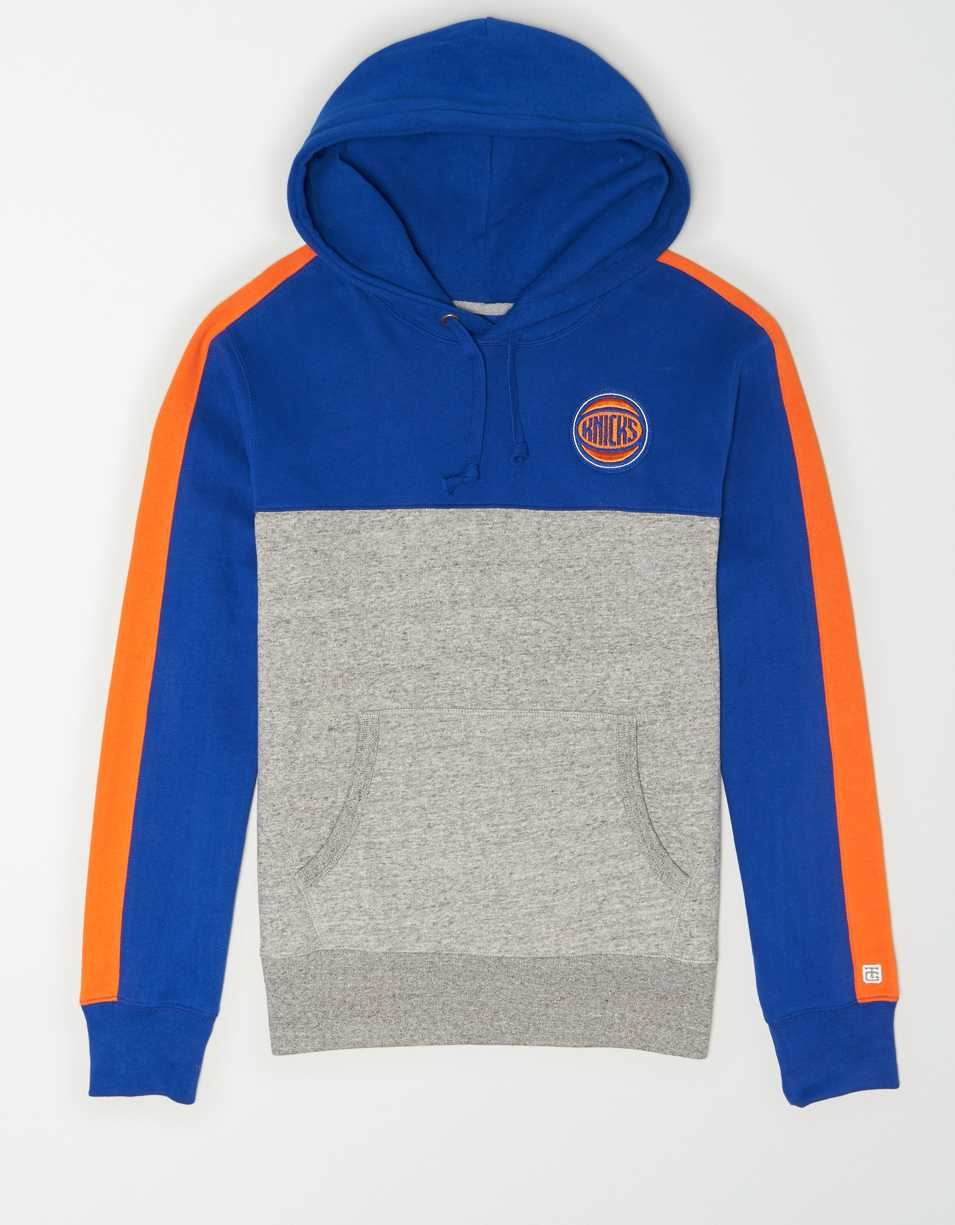 Tailgate Men's New York Knicks Pullover Hoodie