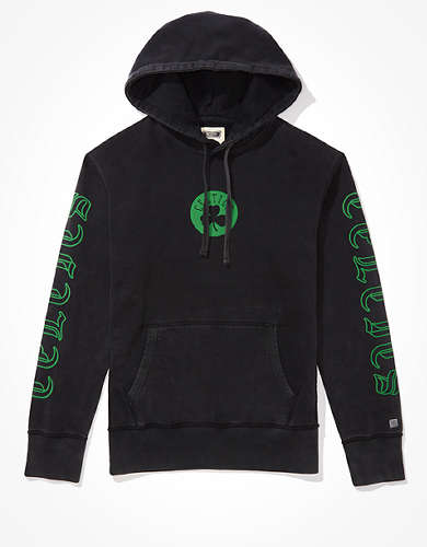 Tailgate Men's Boston Celtics Old English Graphic Hoodie
