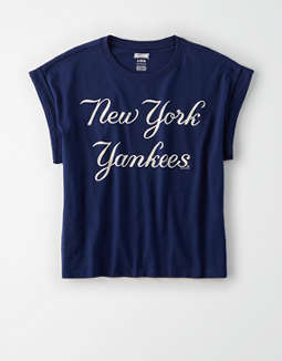 Tailgate Women's NY Yankees Rolled Sleeve T-Shirt